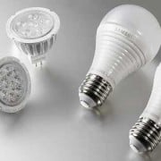 two kinds of LED light bulbs