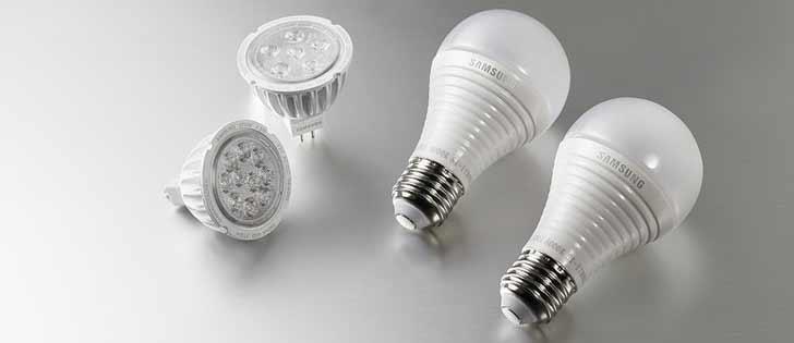 two kinds of LED light bulbs